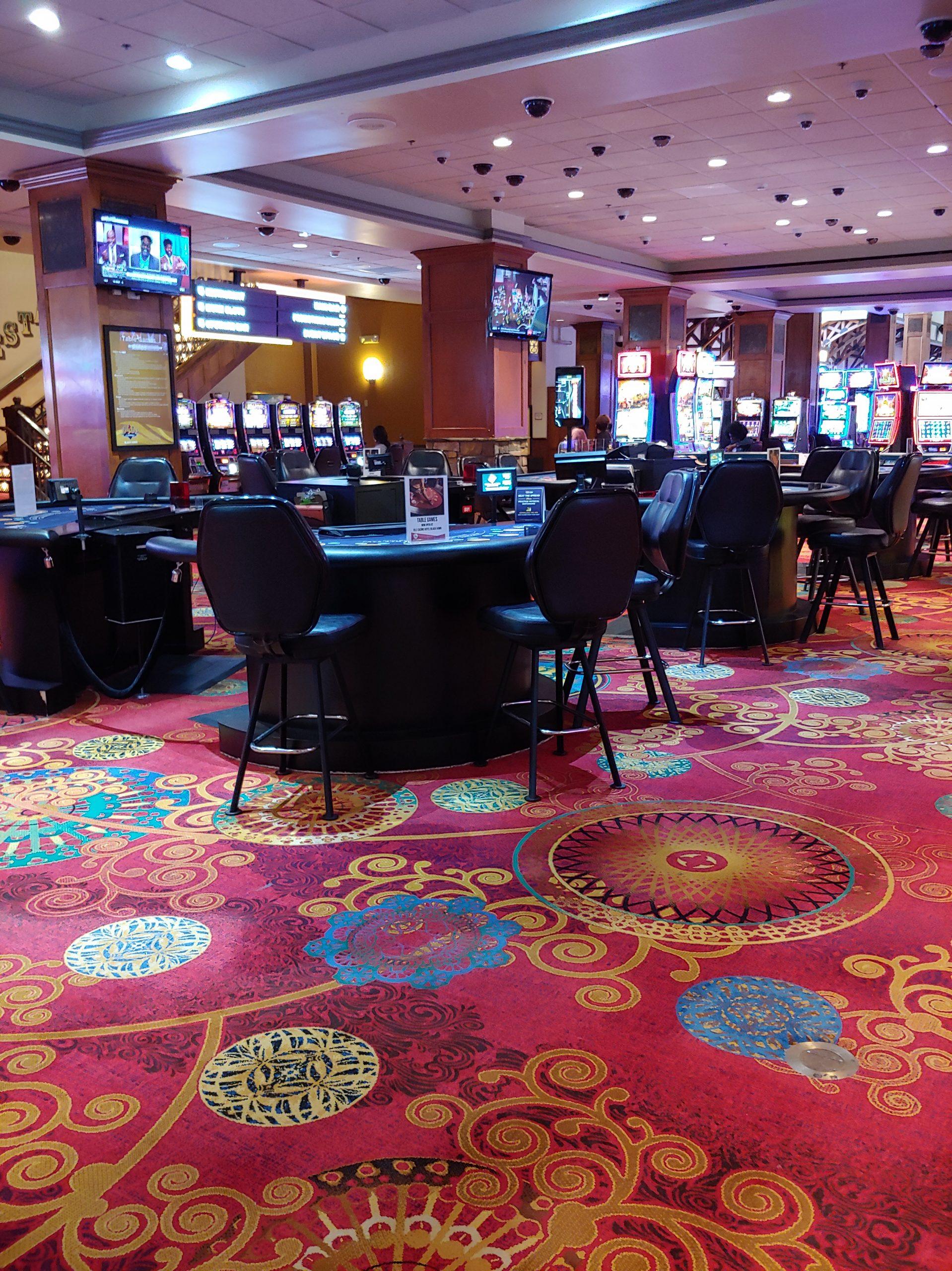 Lady Luck Casino 04