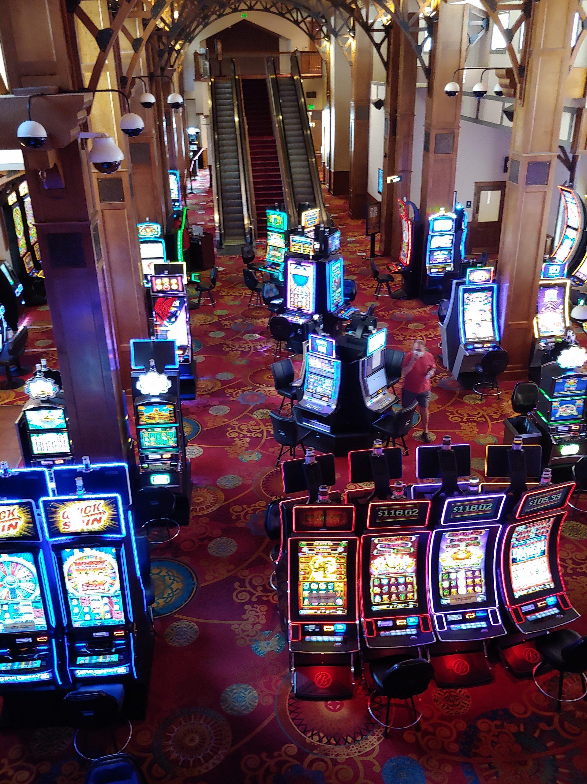Lady Luck Casino 12
