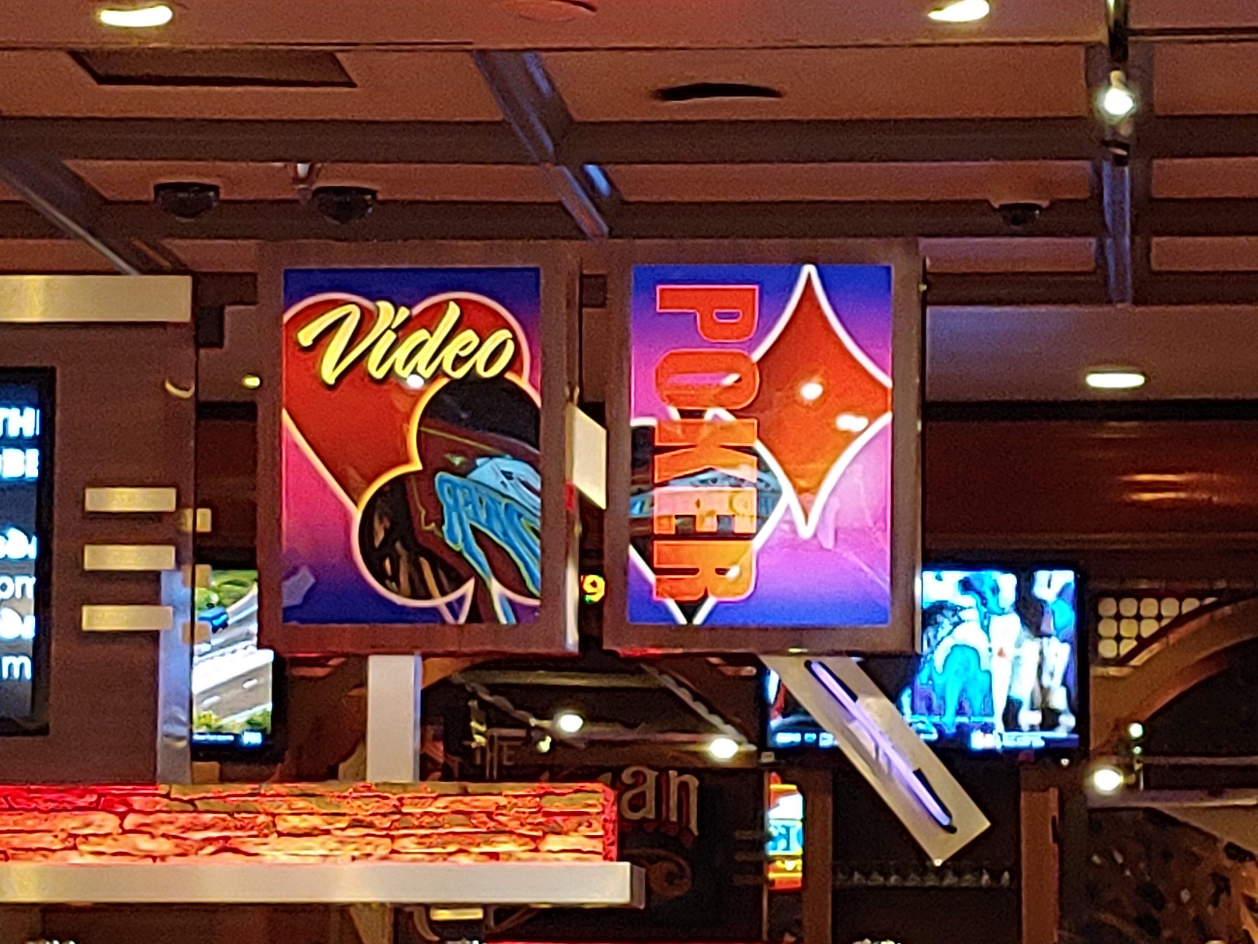 Lady Luck Casino 13