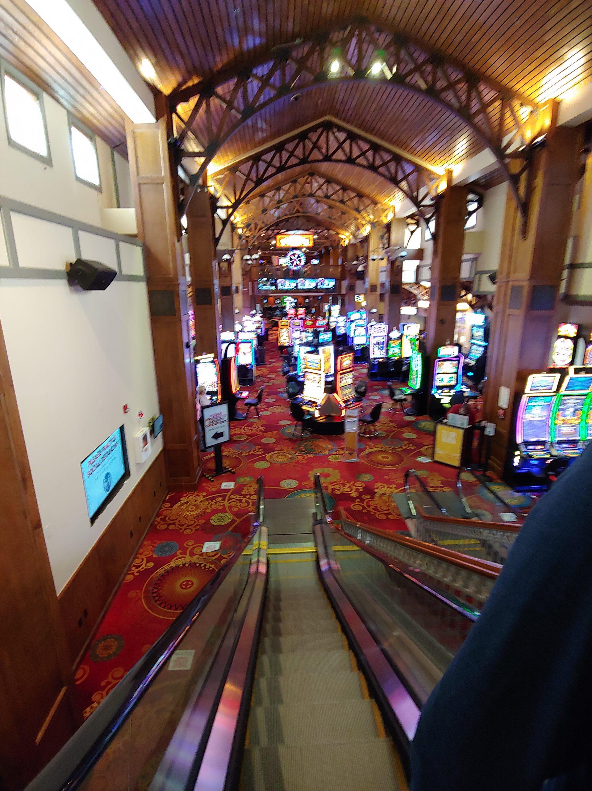 Lady Luck Casino 15