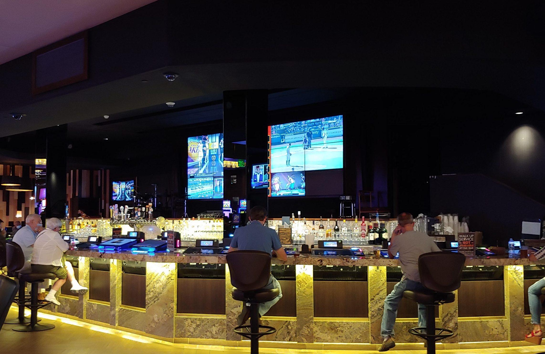 Monarch Casino 05