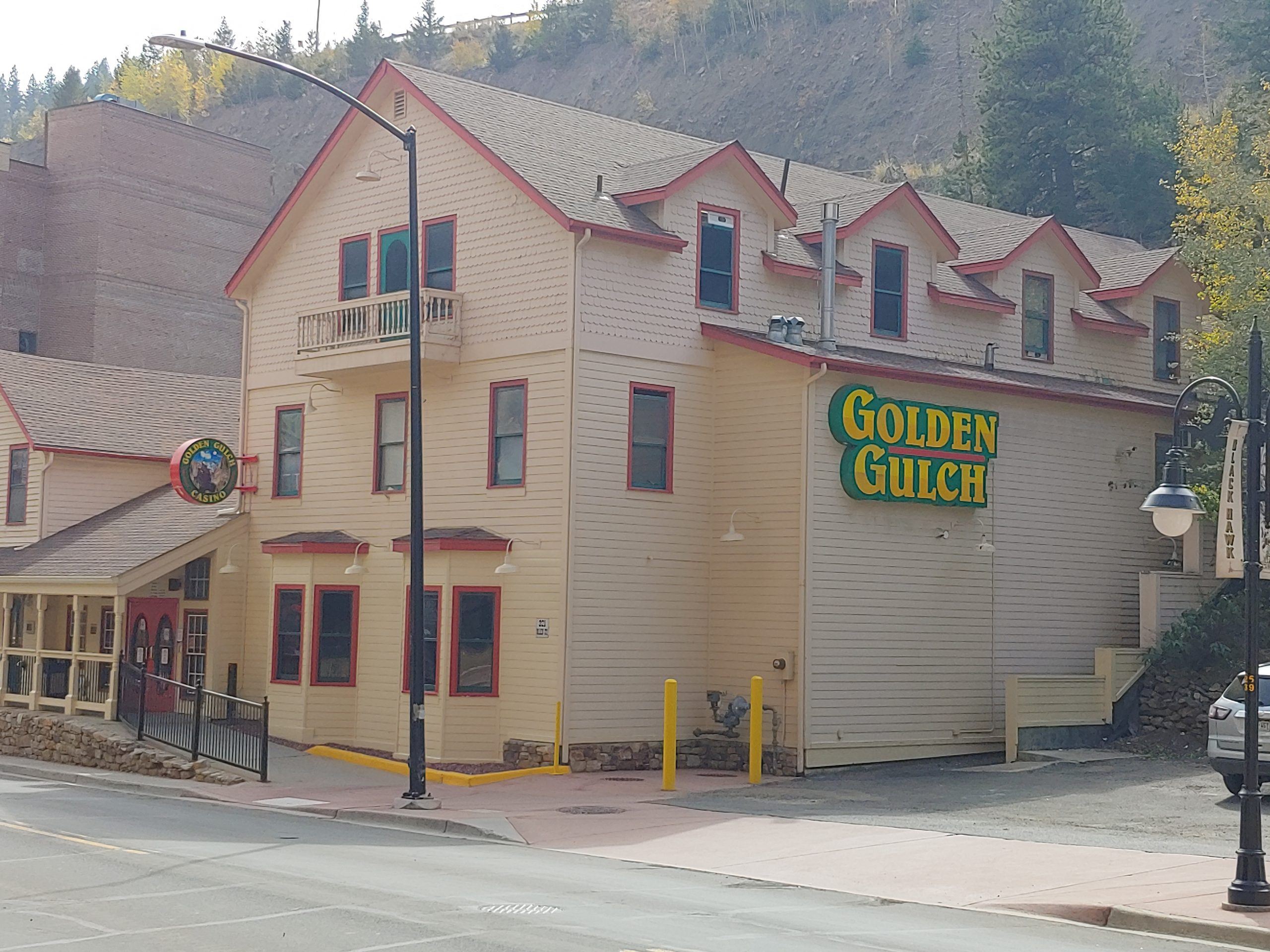 Golden Gulch Casino 05